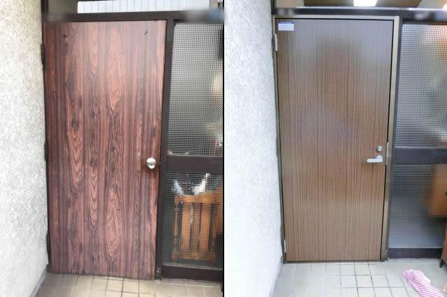 愛知県名古屋市港区 戸建住宅 ドアリフォーム「ドア本体の下部のめくれ、そして、ドアクローザーから油漏れがしていました。」工事店 リクシル(LIXIL)木製玄関ドア工事会社【株式会社サッシ.NET】
